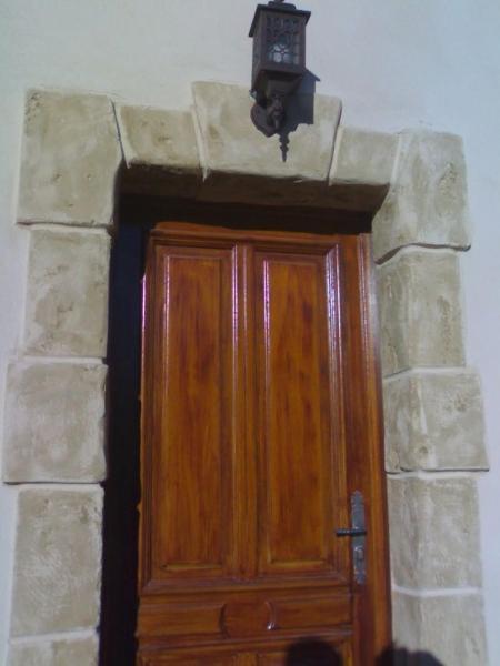 Encadrement en pierre porte d 39 entr e marseille aix en provence nice toulo - Contour de porte exterieur ...