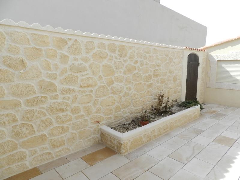 Fa ade en pierre marseille aix en provence bouches du rh ne 13 for Decoration maison en pierre